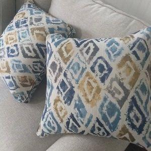 Safavieh Pillow Covers